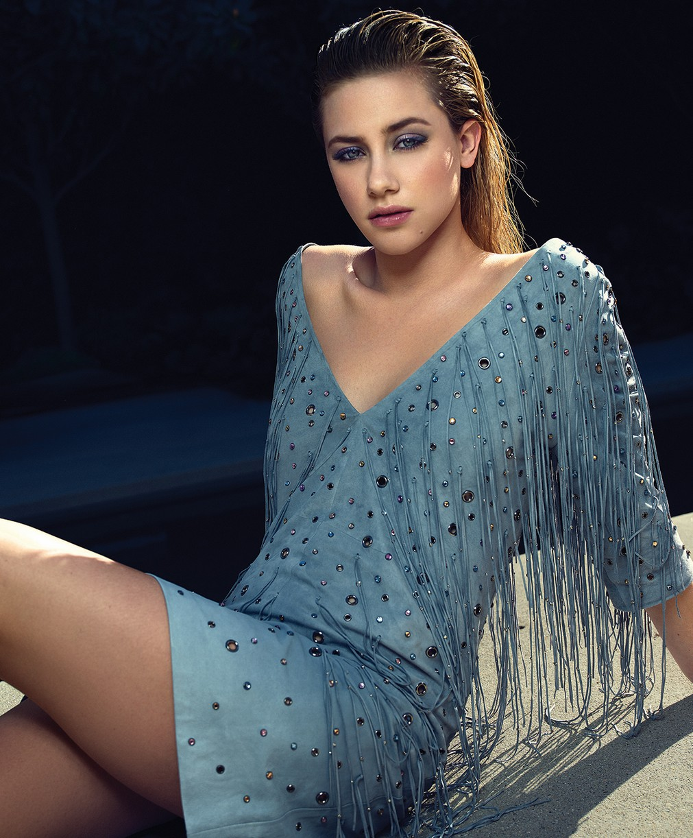 lili reinhart cole down earth riverdale cast 05