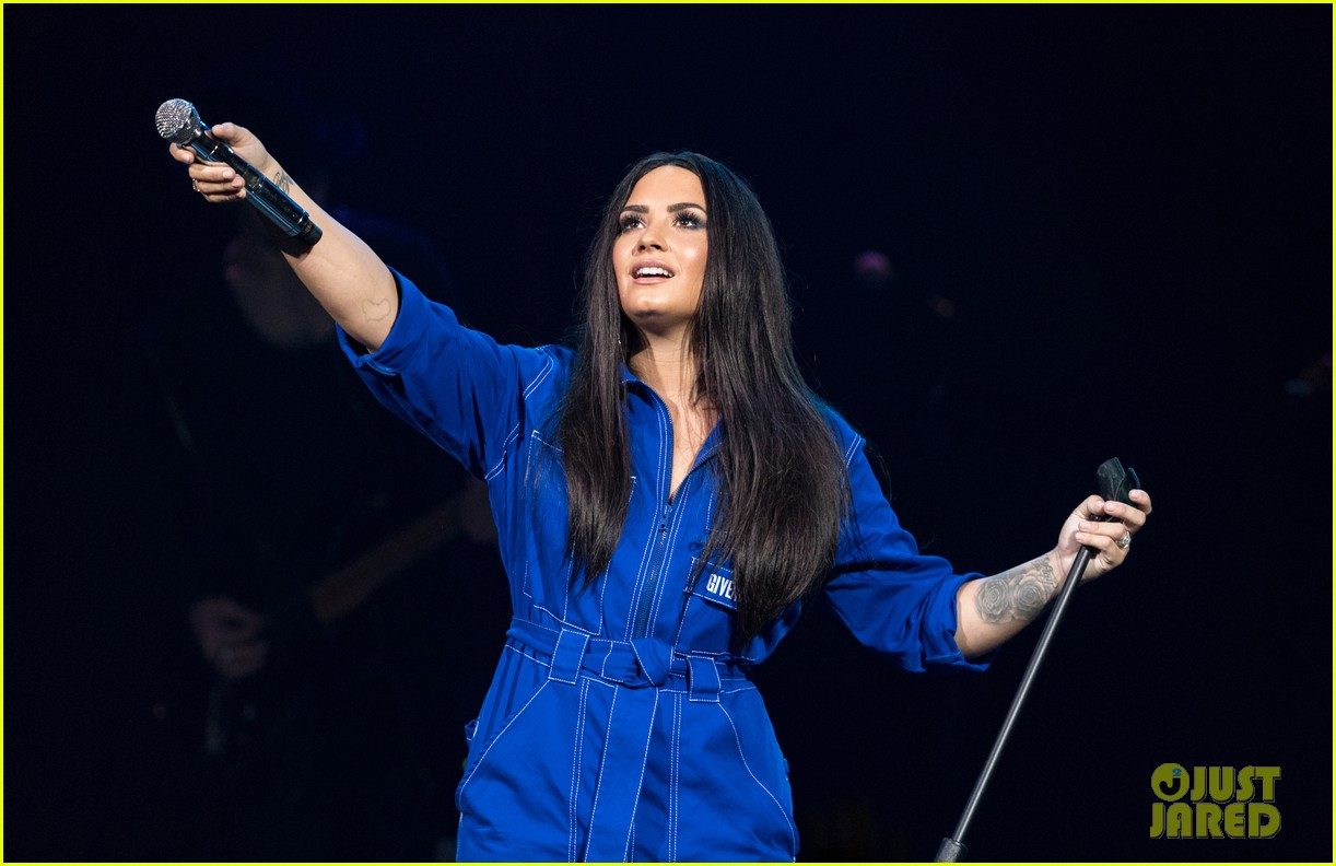 demi lovato has written songs with john mayer reveals advice he gave her 05
