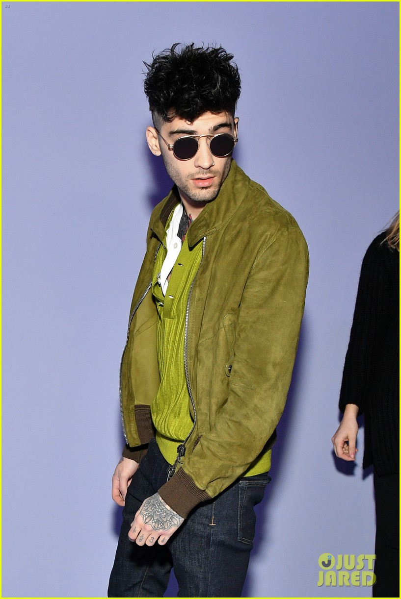 zayn malik and hailey baldwin watch kaia gerber walk in tom ford fashion show 11