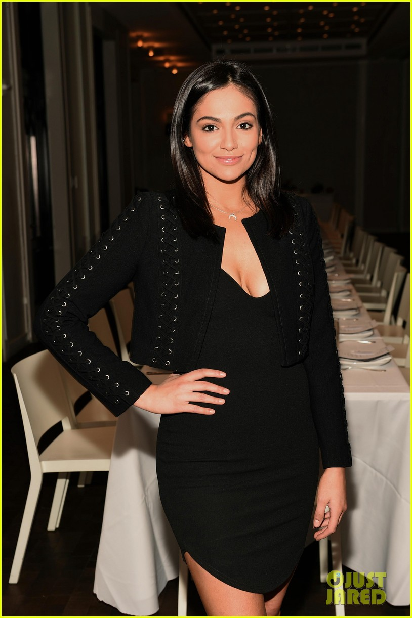 bethany mota is a beauty in black at simply nyc conference vip dinner 07