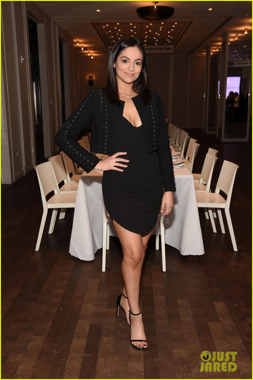 bethany mota is a beauty in black at simply nyc conference vip dinner 09