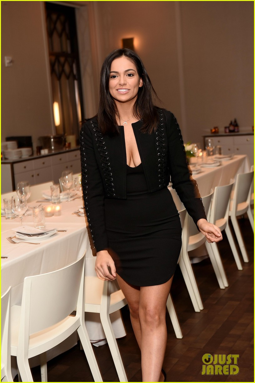 bethany mota is a beauty in black at simply nyc conference vip dinner 27