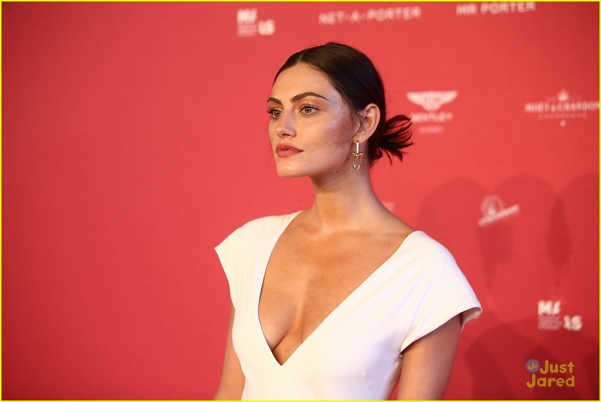 Phoebe Tonkin Steps Out At Sydney S Maas Ball 2018 Photo