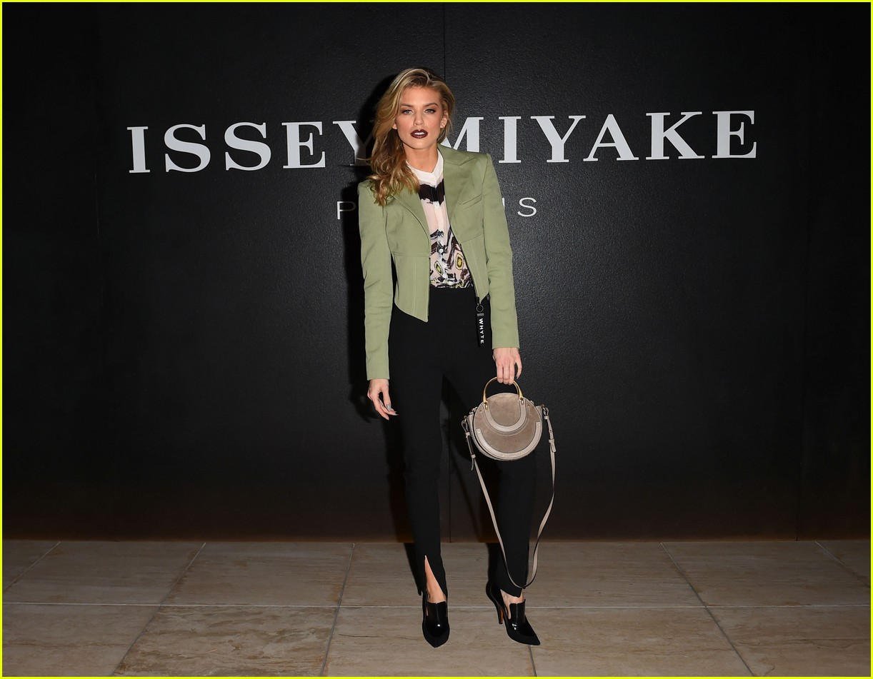 sofia richie and annalynne mccord team up for issey miyake fragrance launch 03