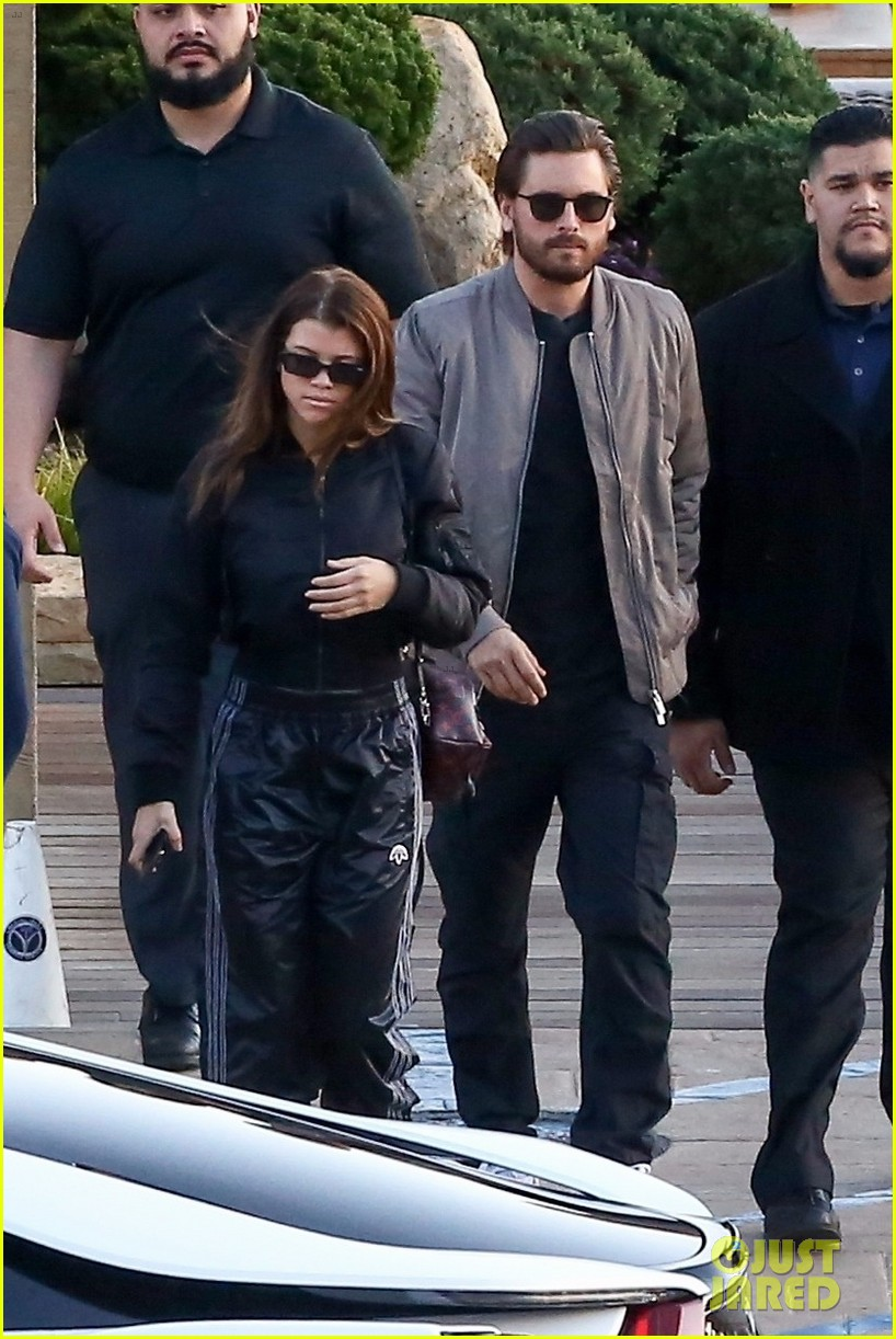 sofia richie scott disick couple up for lunch malibu 03