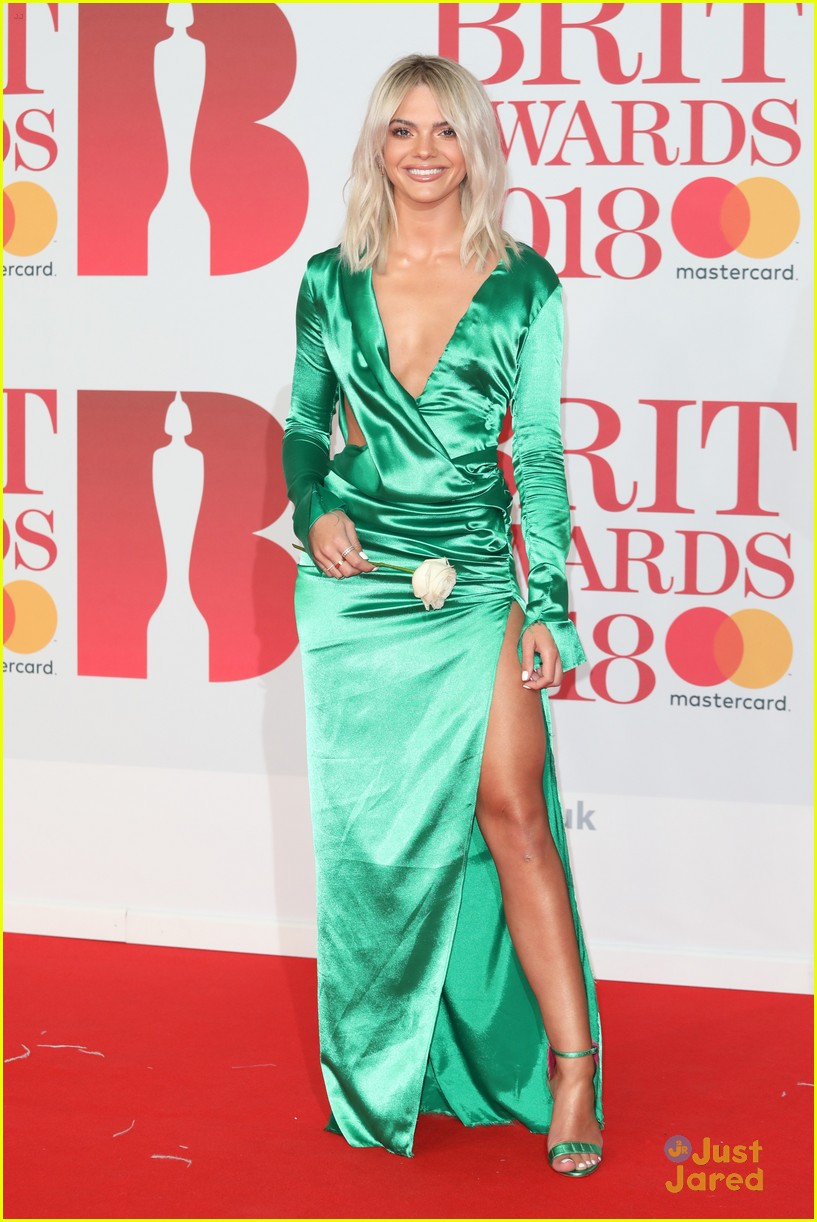 vamps lottie moss pixie tallia more brit awards 13