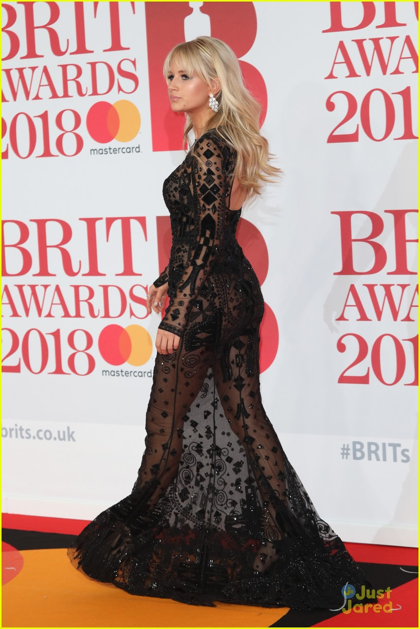 vamps lottie moss pixie tallia more brit awards 14