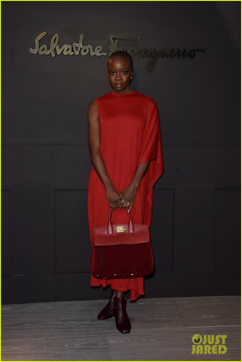 shailene woodley ferragamo fashion show 01