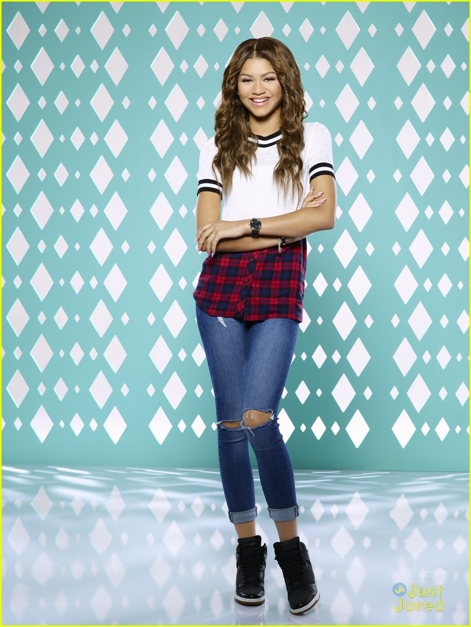 zendaya look back kc undercover quotes 03
