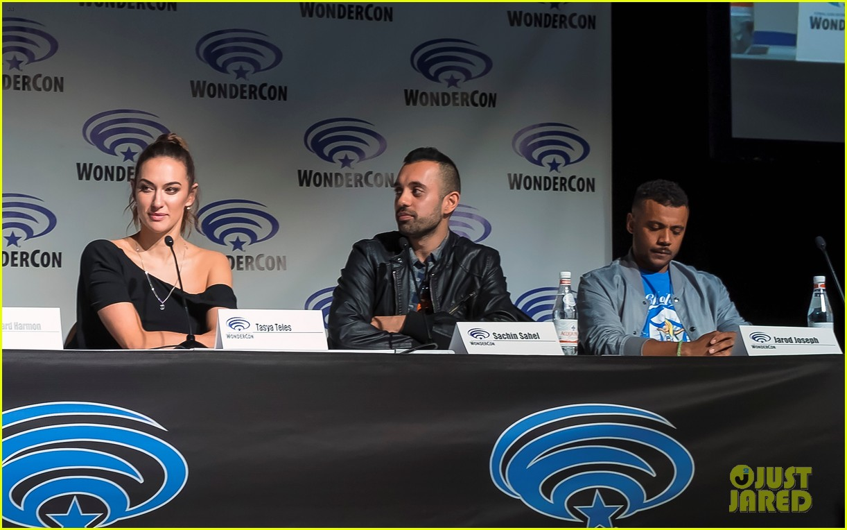the 100 cast 2018 wondercon 08