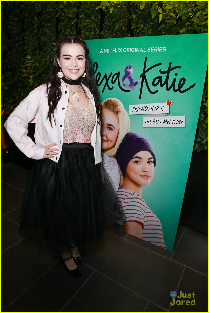 alexa katie cast comes out for premiere event 14