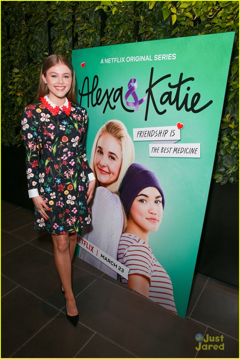 alexa katie cast comes out for premiere event 30