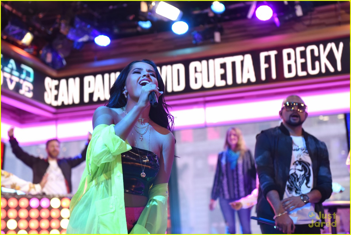 becky g sean paul gma performance pics 03
