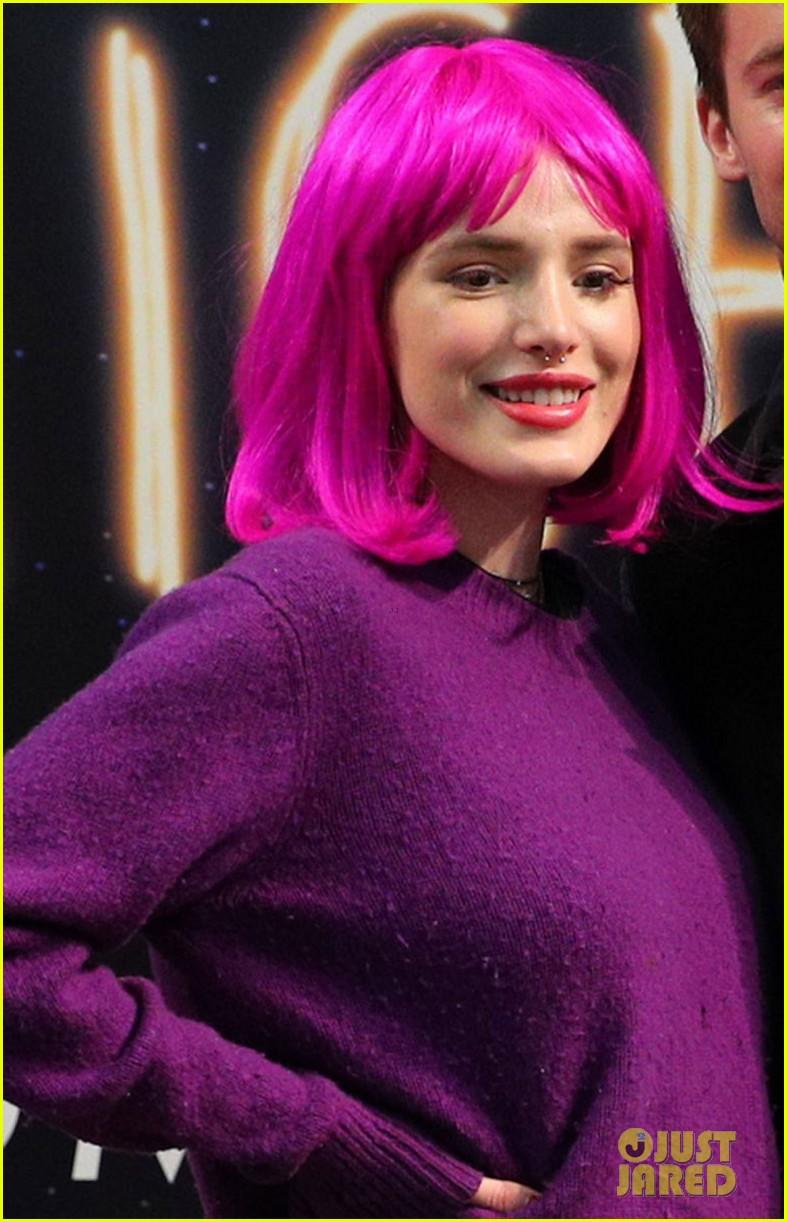 bella thorne wears pink wig to midnight sun promo event 04