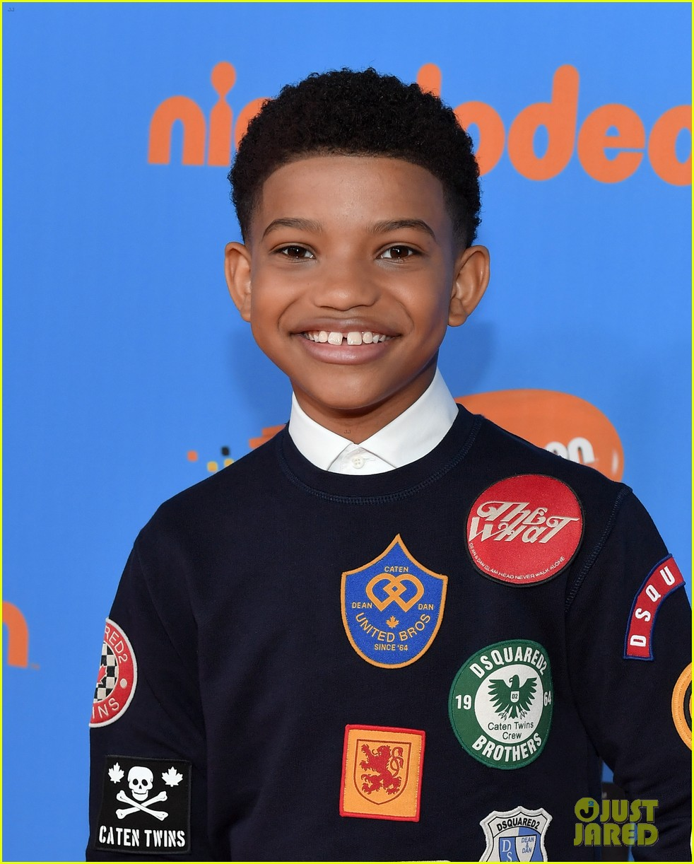 lonnie chavis hannah ziele and parker bates bring this is us to kids choice awards 2018 19