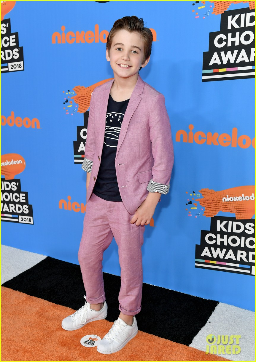 lonnie chavis hannah ziele and parker bates bring this is us to kids choice awards 2018 29