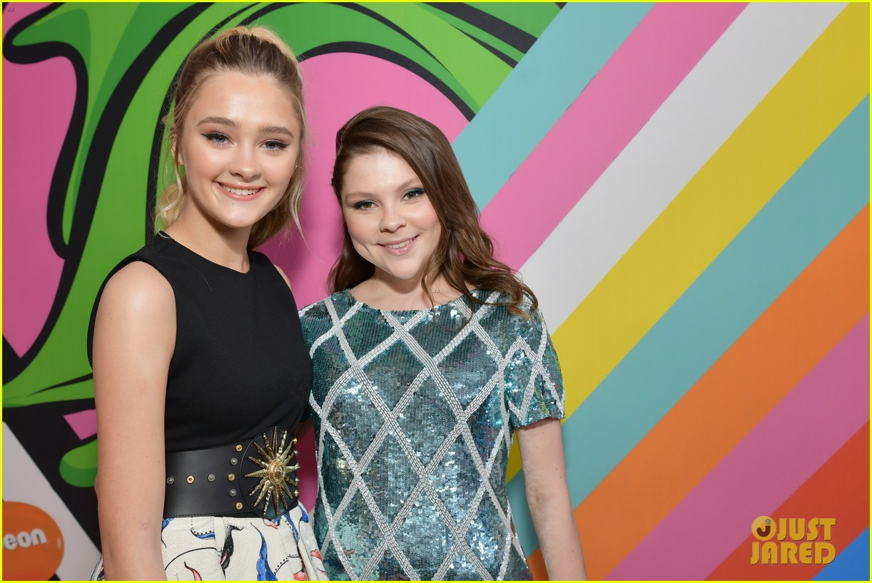 lonnie chavis hannah ziele and parker bates bring this is us to kids choice awards 2018 32
