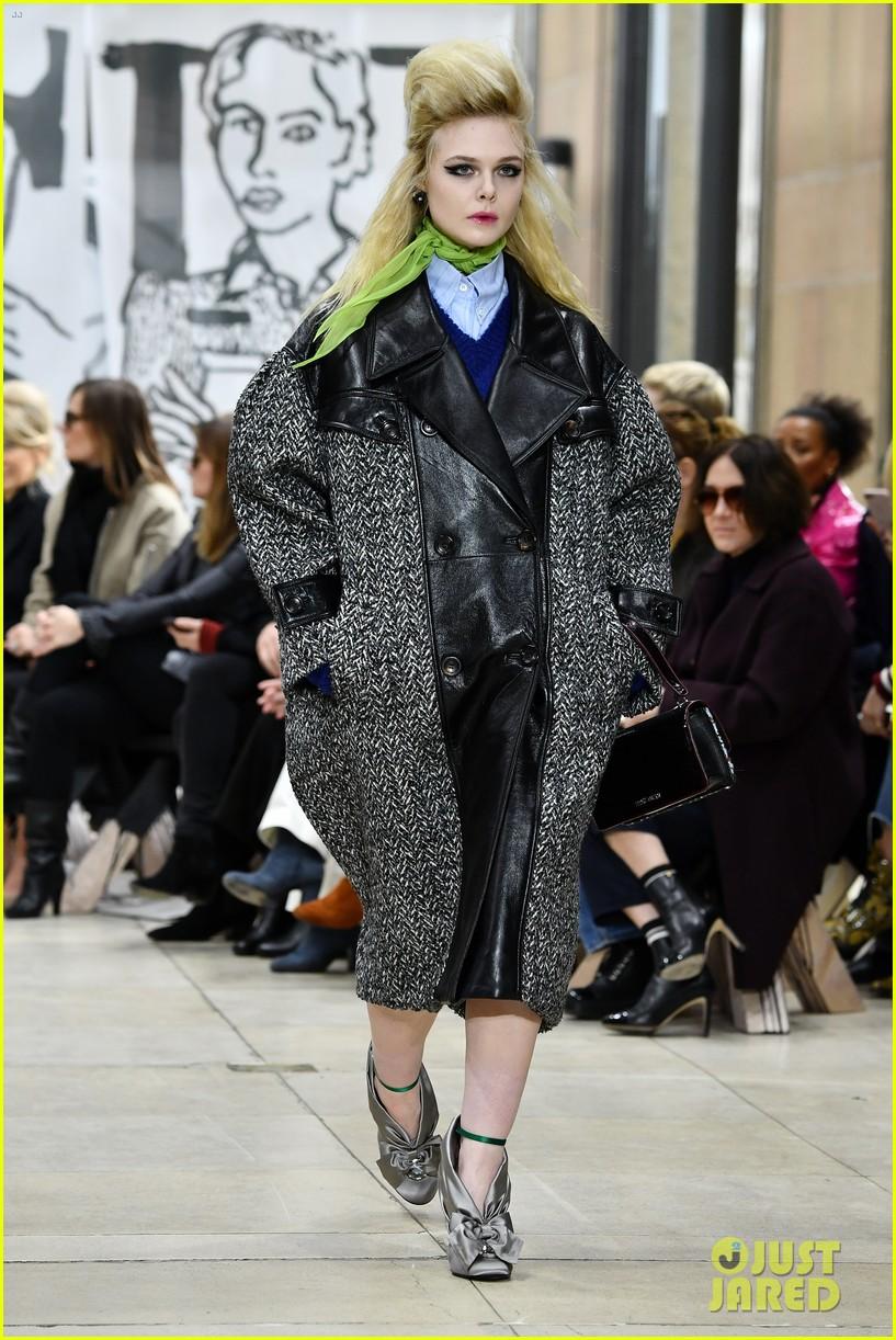 617e85ab314 Elle Fanning   Kaia Gerber Go High Fashion at the Miu Miu Fashion Show!