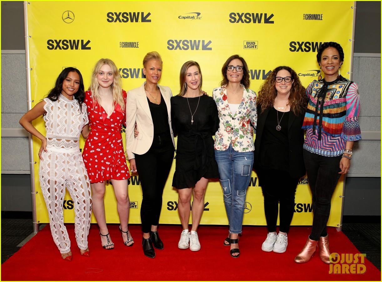 elle and dakota fanning join forces at sxsw film festival 13