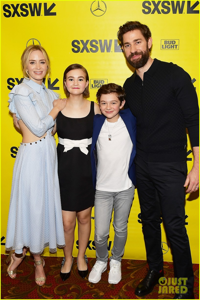 noah jupe and millicent simmonds team up for a quiet place premiere2 14