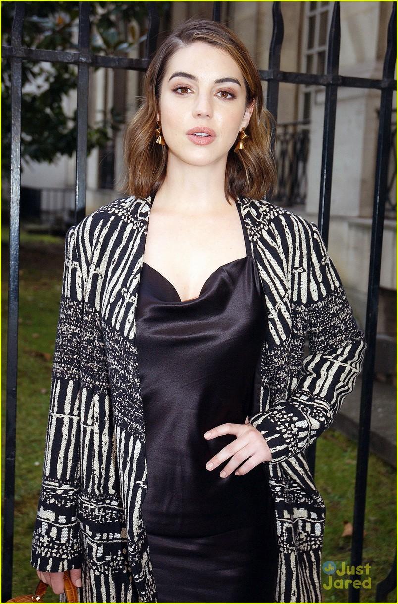 adelaide kane seen around paris fashion week pics 08