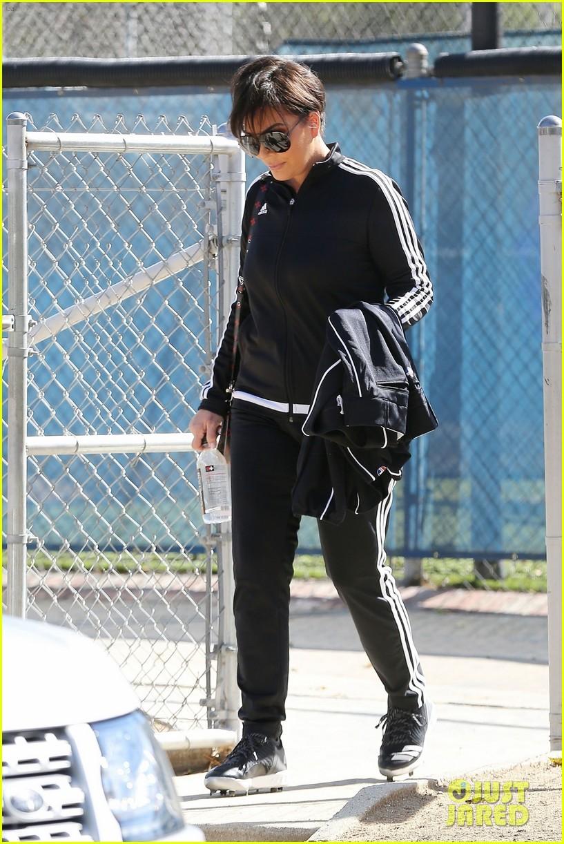 kim kardashian khloe kardashian kendall jenner baseball 13