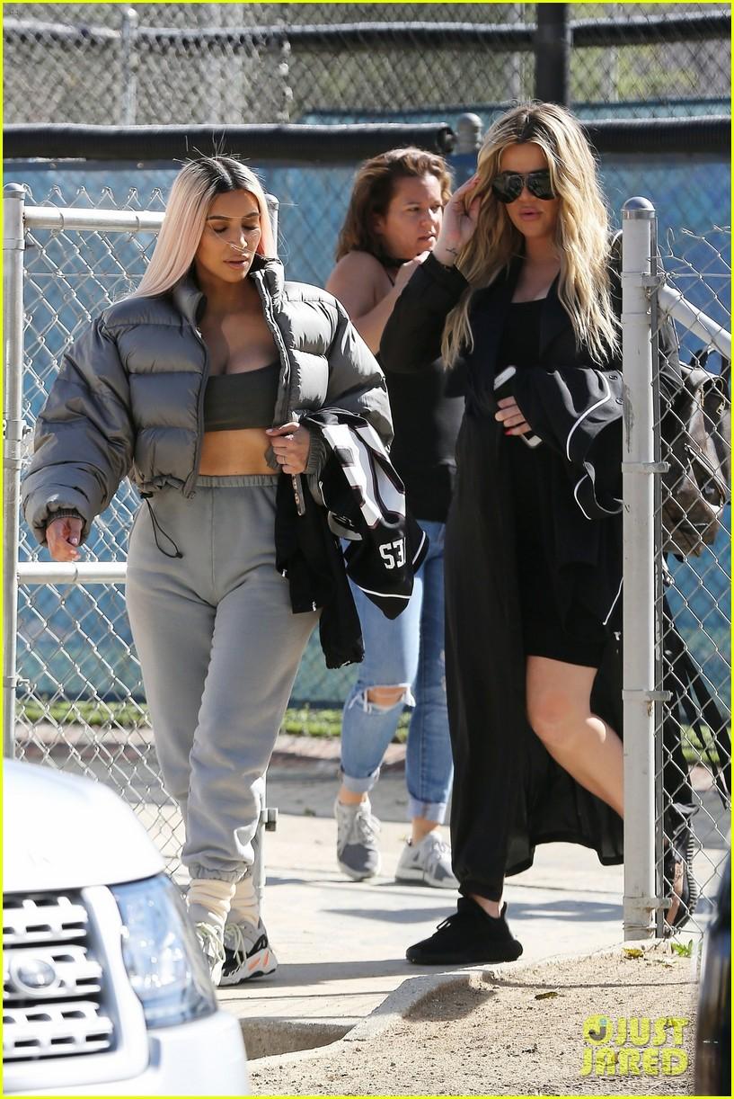 kim kardashian khloe kardashian kendall jenner baseball 26