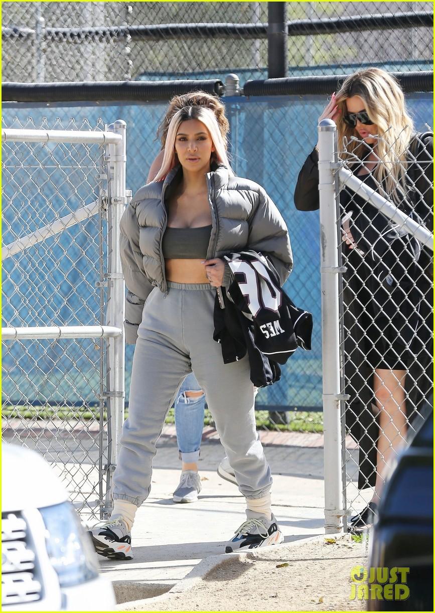 kim kardashian khloe kardashian kendall jenner baseball 29