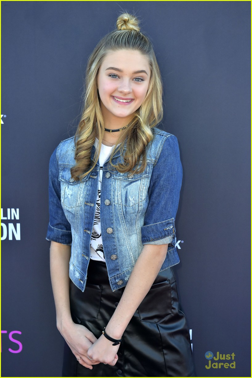 picture Lizzy Greene