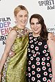 saoirse ronan and beanie feldstein are all smiles at the spirit awards 2018 05