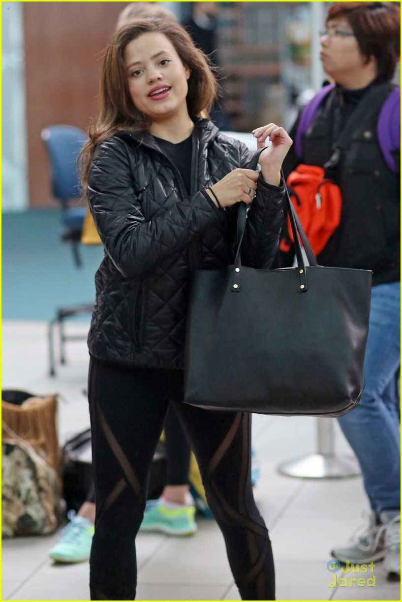 sarah jeffery charmed castings airport arrival 01