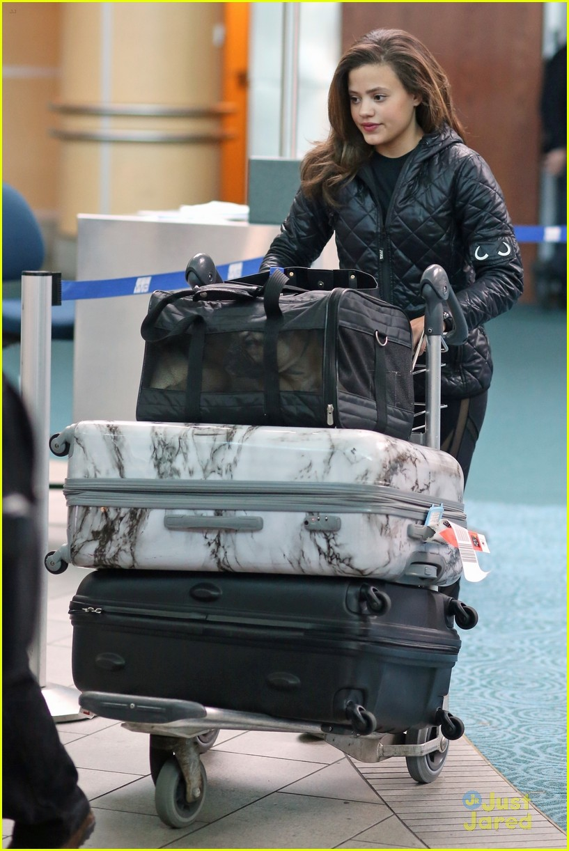 sarah jeffery charmed castings airport arrival 02