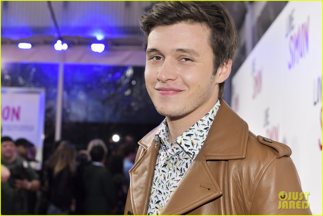 'Love, Simon' Cast Premieres the Movie in Los Angeles ...