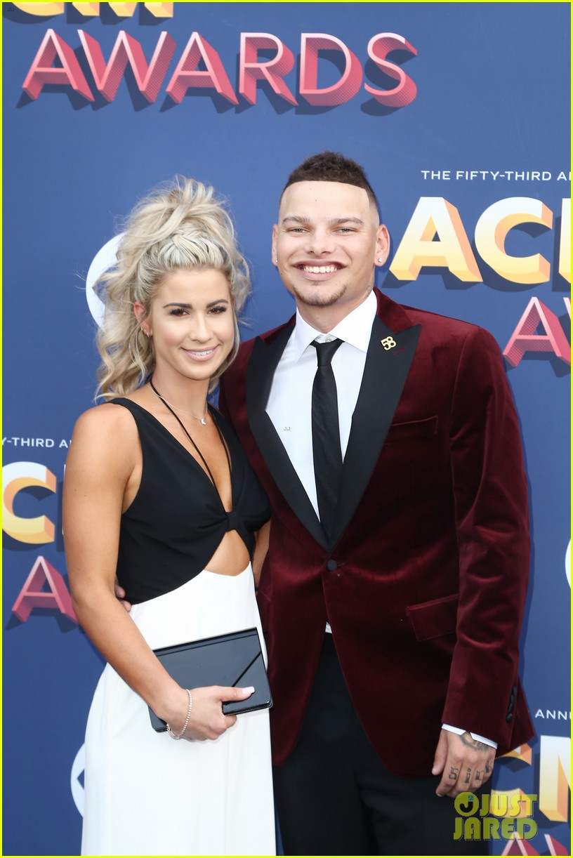 lauren alaina kane brown acm awards 2018 02