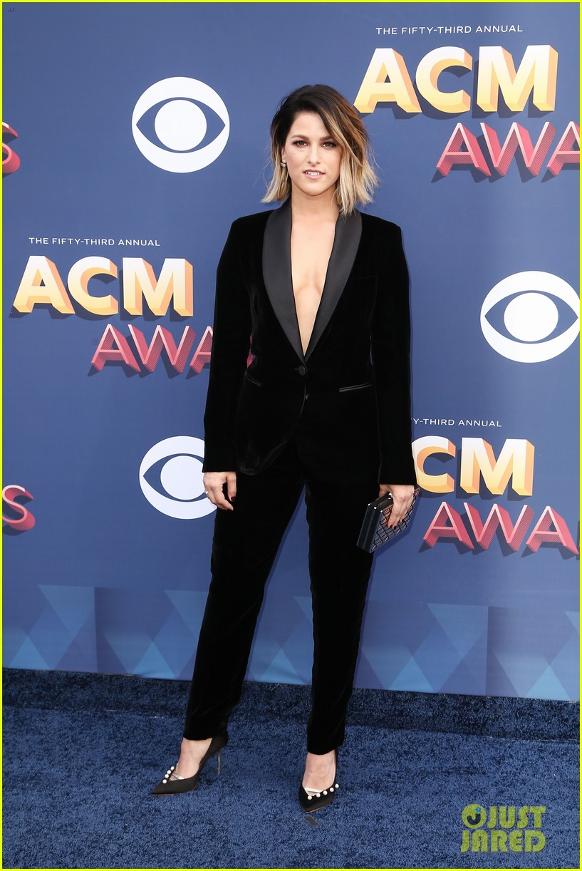 lauren alaina kane brown acm awards 2018 12