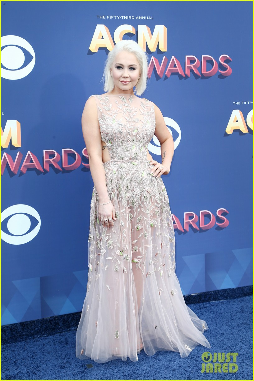 lauren alaina kane brown acm awards 2018 14