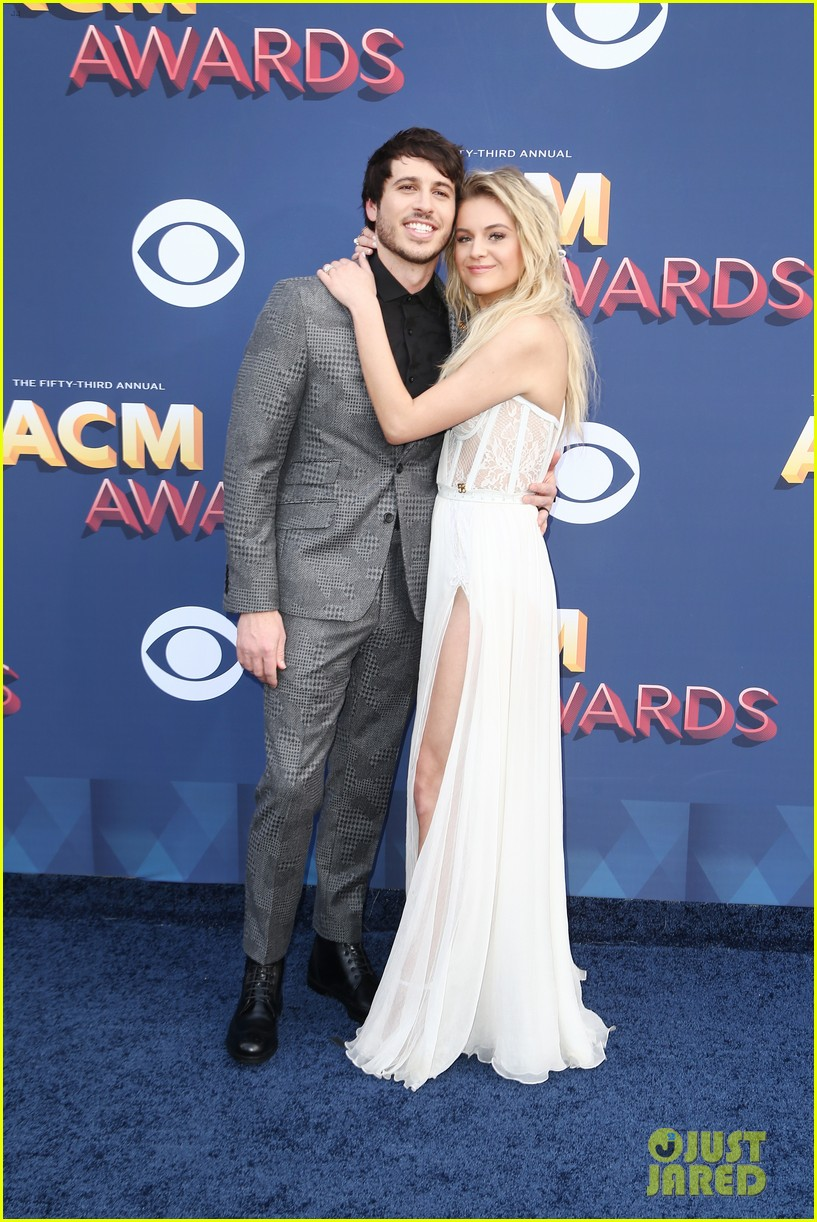 kelsea ballerini morgan evans acm awards 2018 03