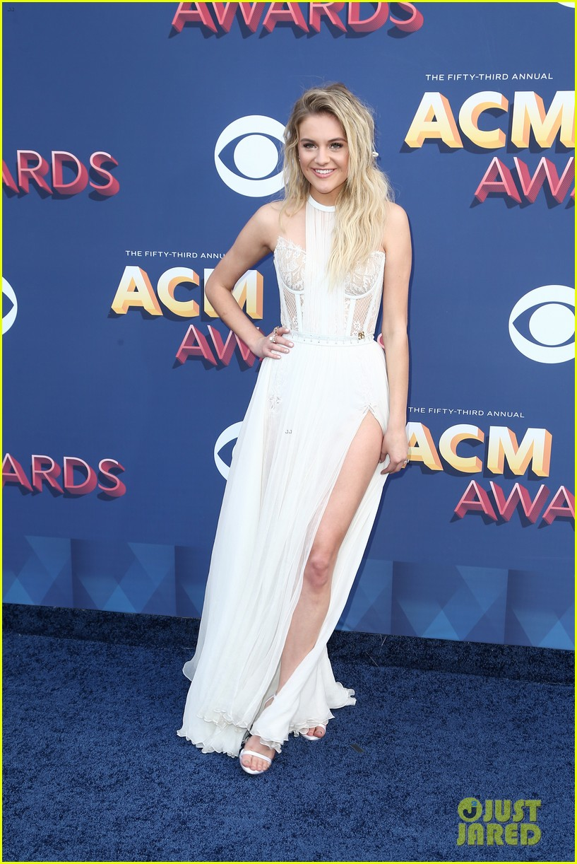kelsea ballerini morgan evans acm awards 2018 05