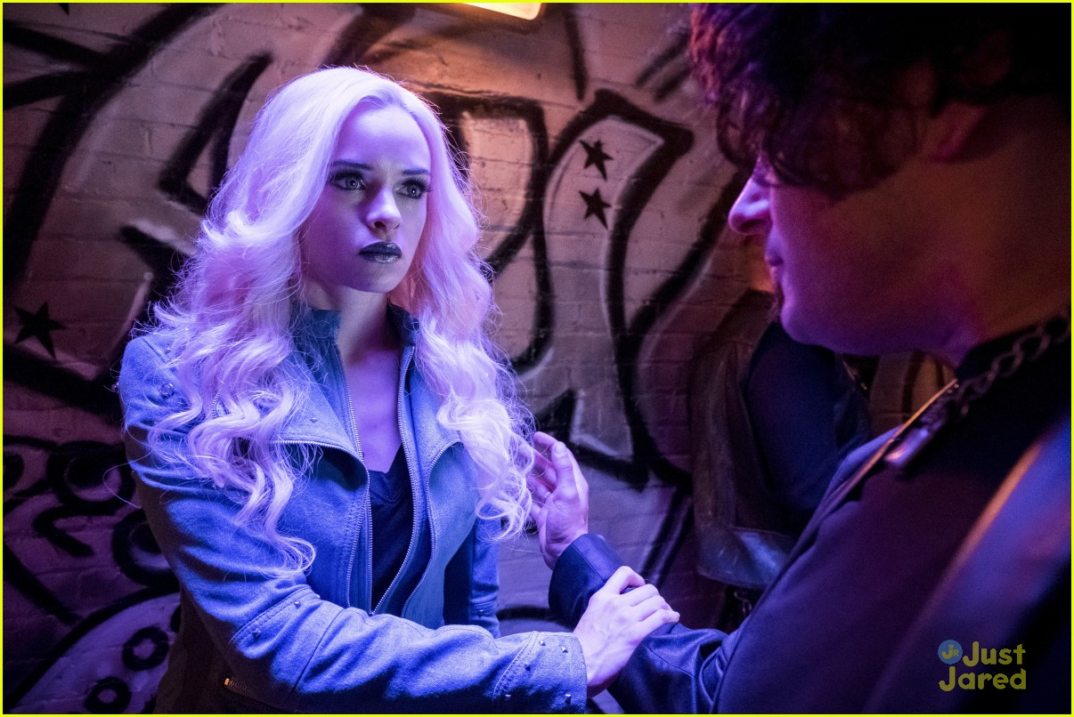 caitlin snow young version flash story 01