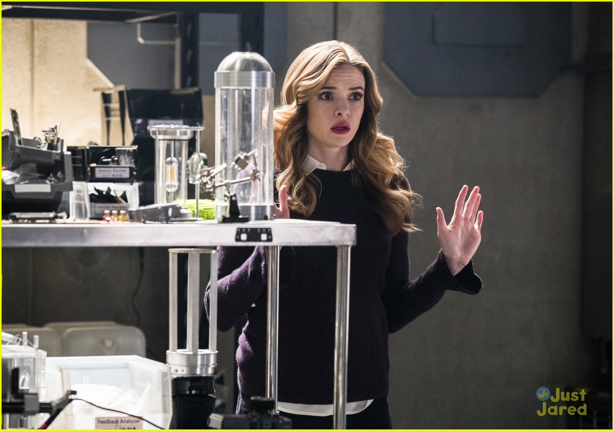 caitlin snow young version flash story 02