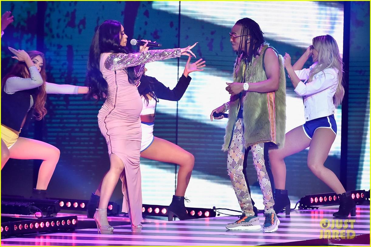 cardi b slays her la modelo performance at billboard latin music awards 2018 24