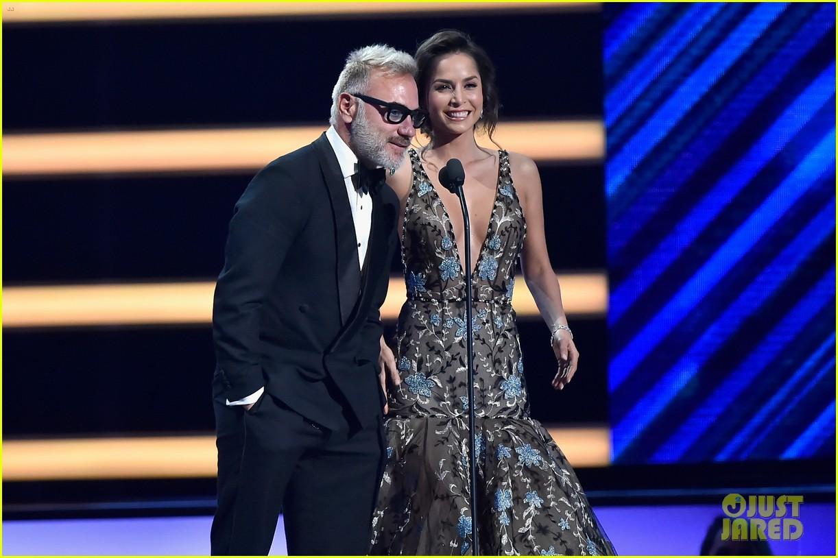 cardi b slays her la modelo performance at billboard latin music awards 2018 34