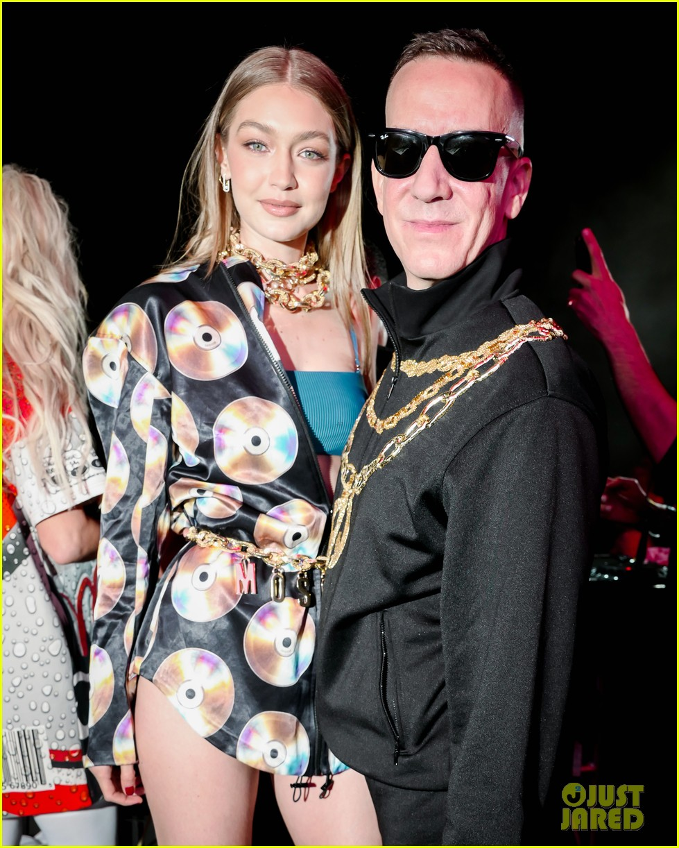 gigi hadid cardi b take over the dj booth at moschino coachella party 05