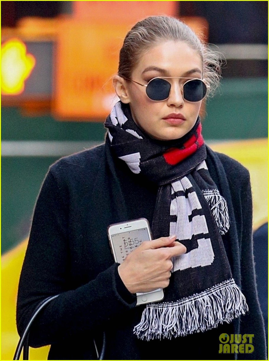 gigi hadid steps out in nyc while bella hadid lands in la 01