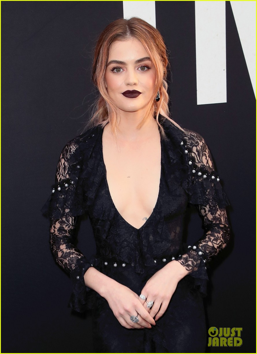 lucy hale tyler posey truth or dare premiere 14