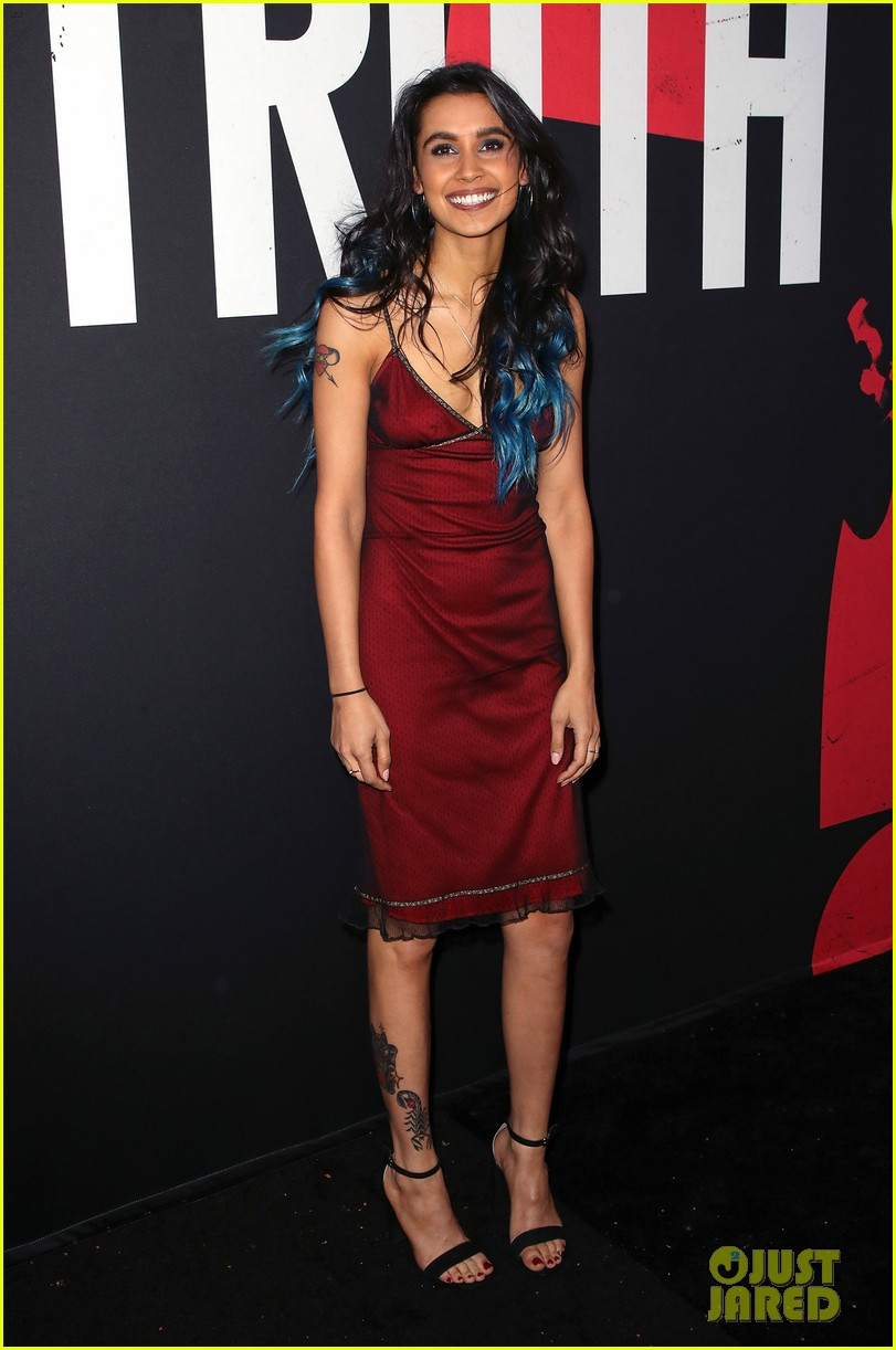 lucy hale tyler posey truth or dare premiere 15