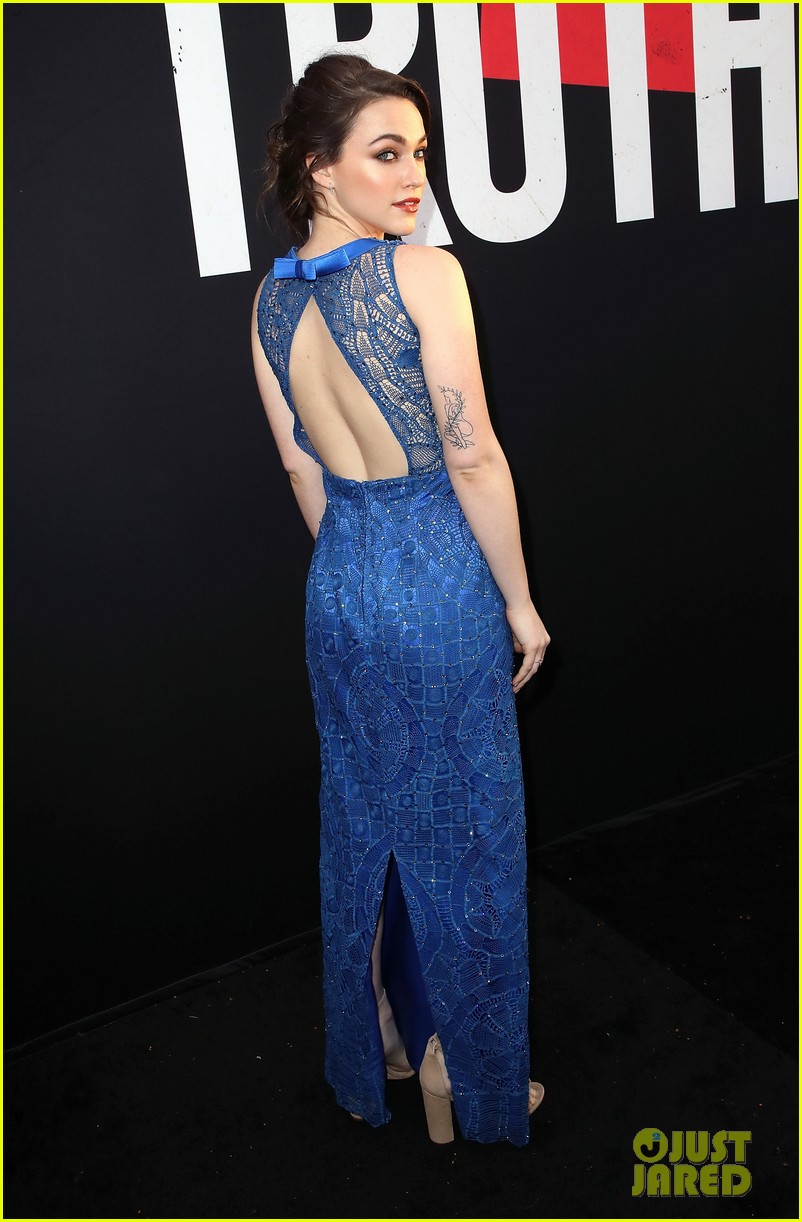 lucy hale tyler posey truth or dare premiere 34