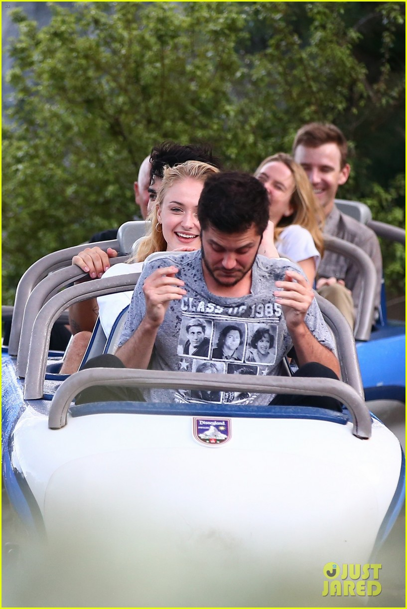 joe jonas and sophie turner get soaked at disneyland 43