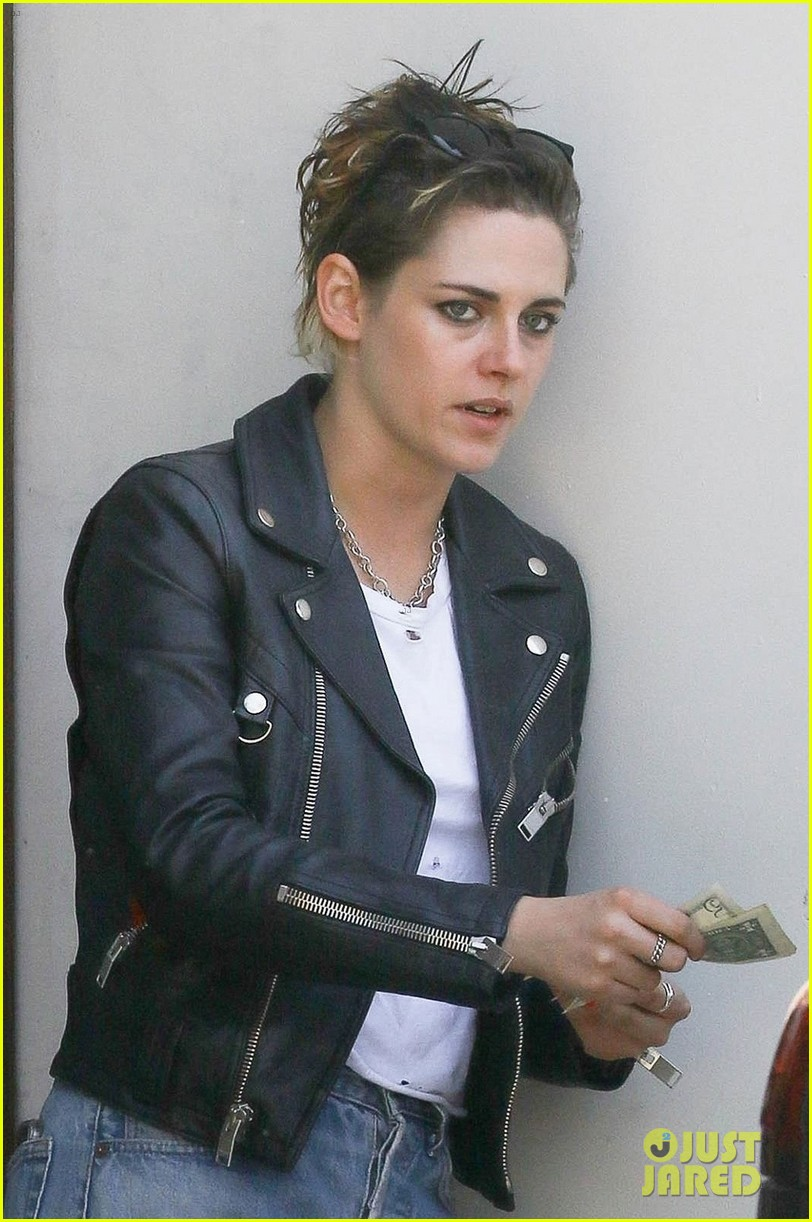 kristen stewart shows off 1950s greaser look photo 1155514 photo
