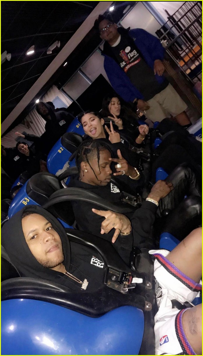 kylie jenner rented out six flags for travis scott birthday 05